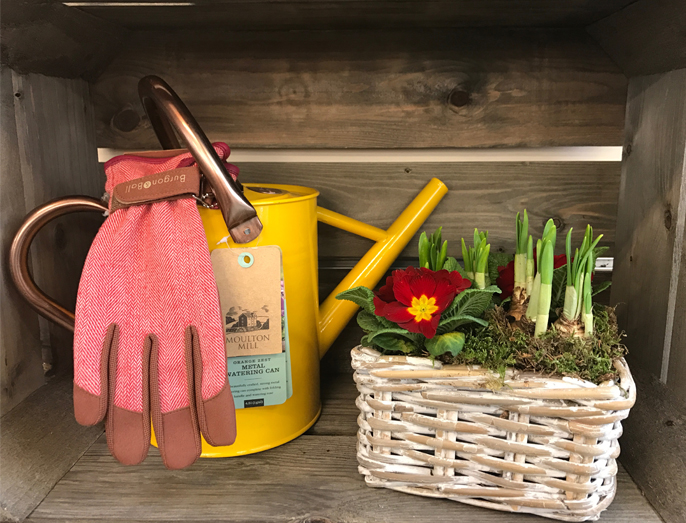 Cowell's Garden Centre offers a range of gifts near Gateshead that you can give to your family and friends interested in gardening. Visit our gift shop soon.